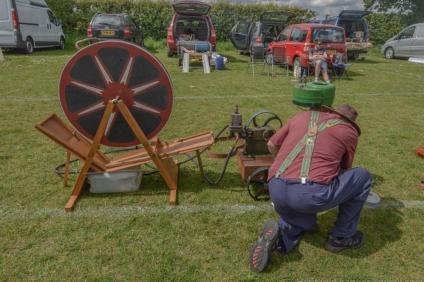 Working Stationary Engine